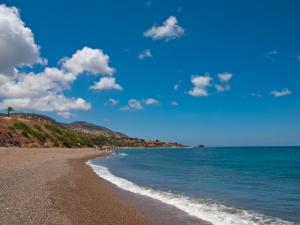 A ciprusi tengerpart manapság olcsón megközelíthető